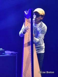 L'harpiste Edmar Castaneda