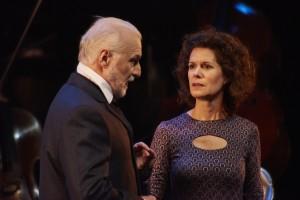 Jean-François Blanchard dans le rôle de Tchaïkovsky et Catherine Perrin